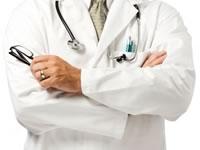 «Энергичный врач ищет работу внешним совместителем»