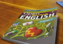 Украинские медики уже знают английский